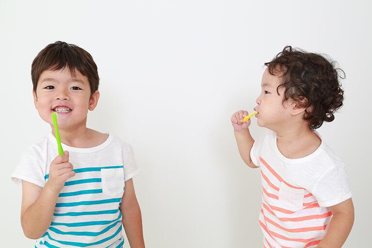 食べ方、歯磨きの指導